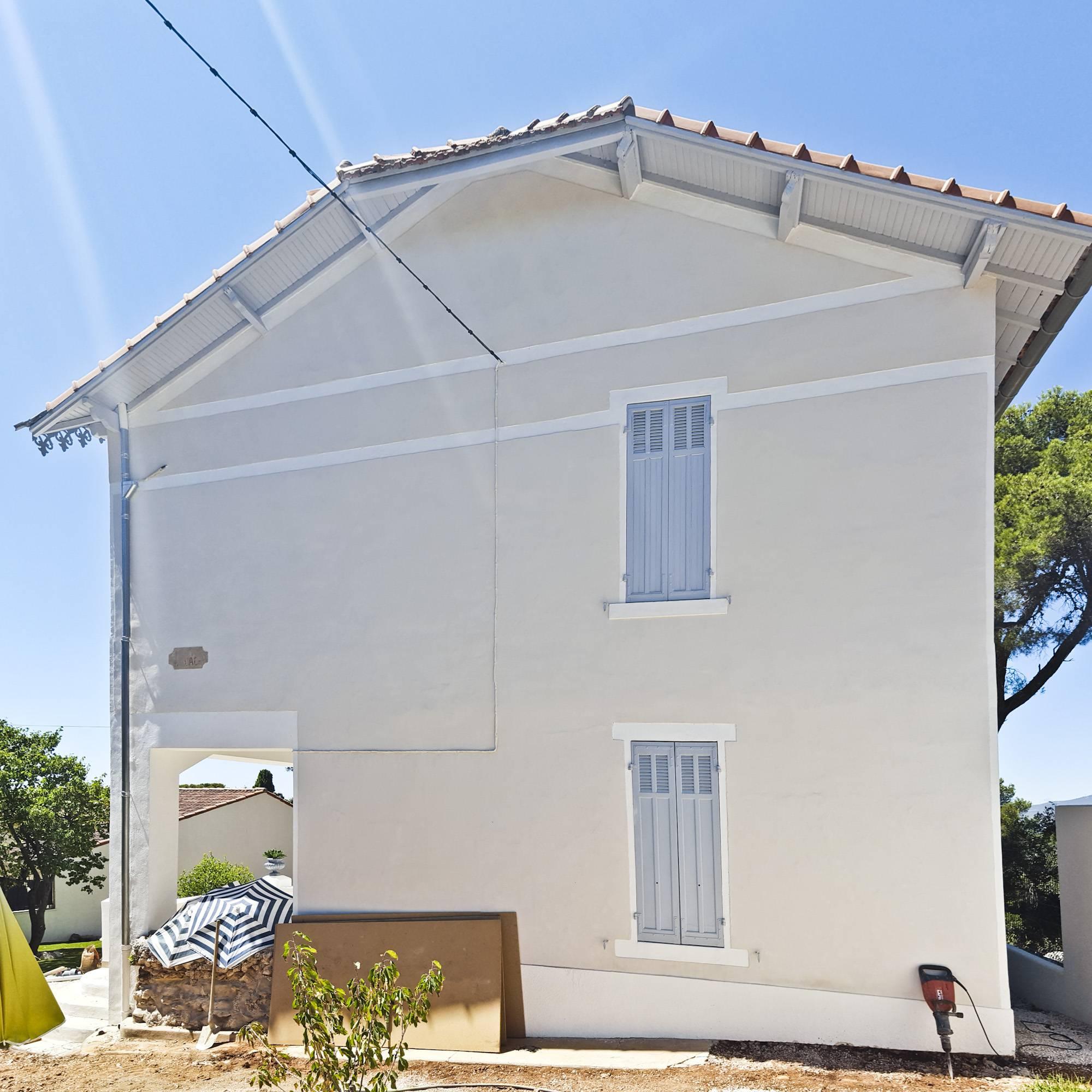 R novation la chaux d 39 une villa sur les hauteurs de for Enduit chaux exterieur