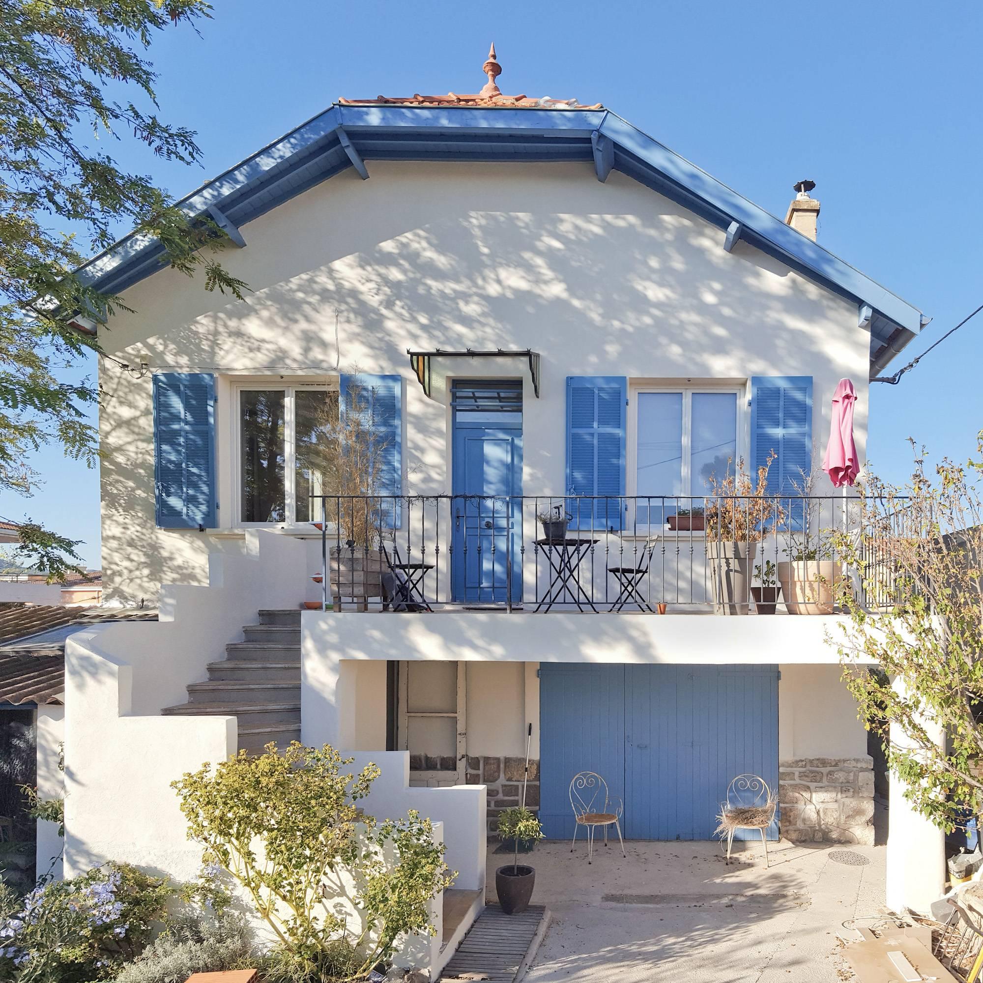 Ravalement de façades d'une villa des années 30-40 à Aubagne (13400)