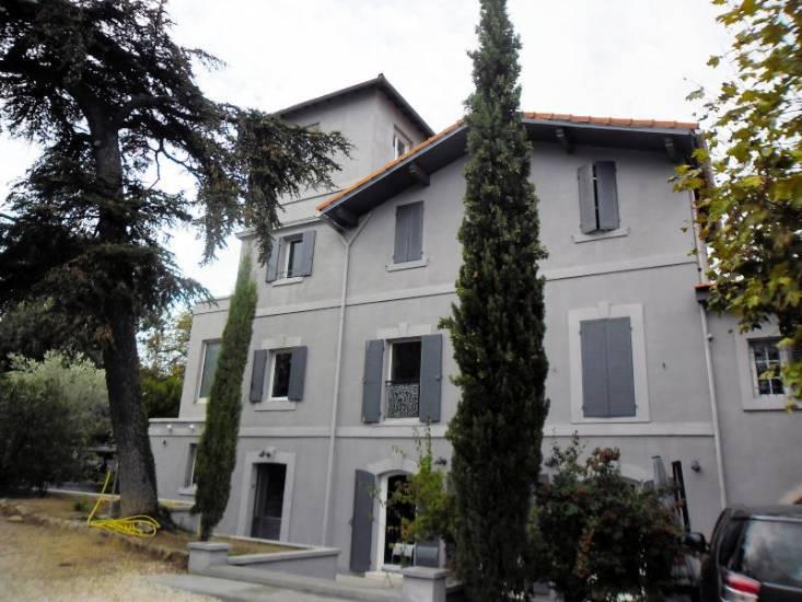 enduit chaux type marmorino sur une villa marseillaise d 39 aspect h t roclite ing nierie d cor. Black Bedroom Furniture Sets. Home Design Ideas