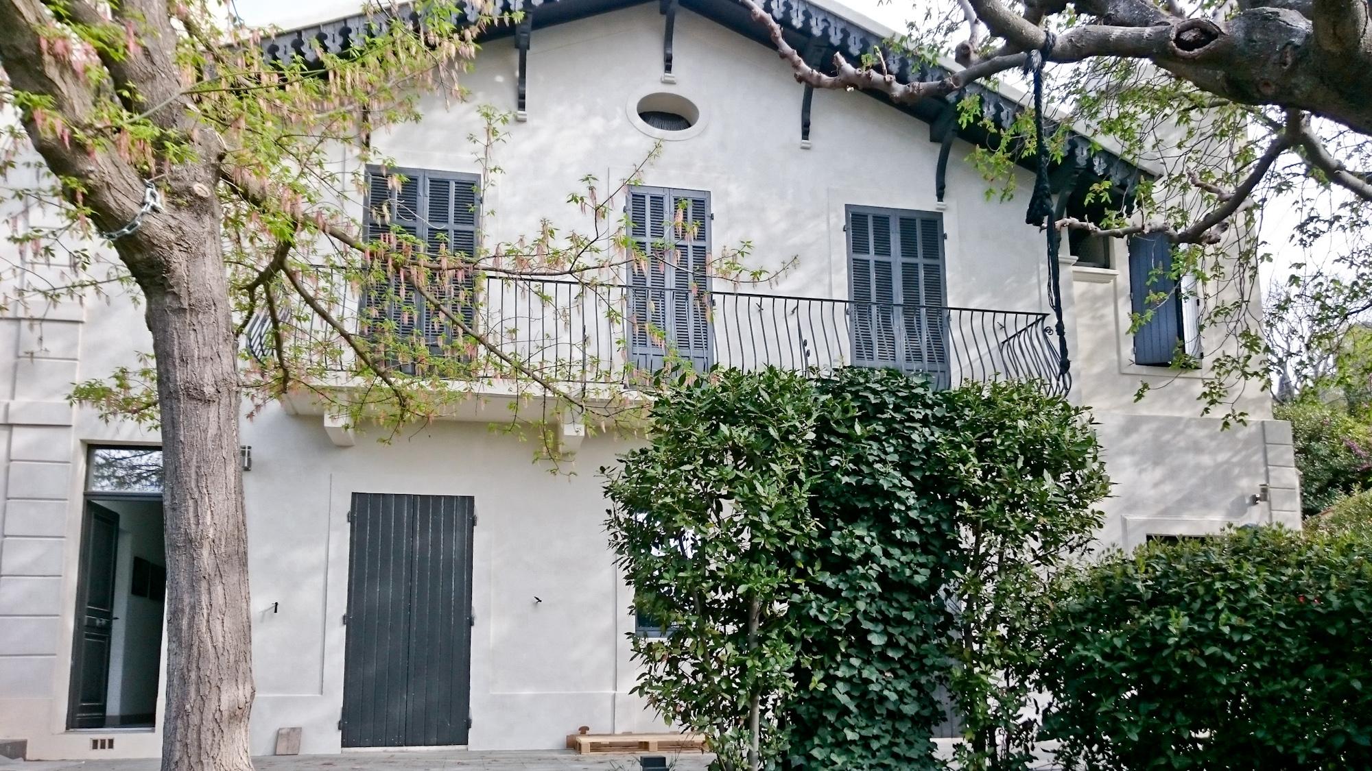 Couleurs Facades En Provence redonner de l'éclat à une construction de style rococo dans