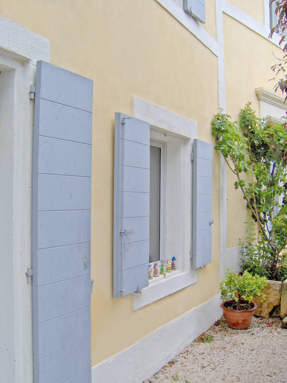 D coration int rieure en stuc chaux d 39 une villa aix en - Isolation decorative interieure ...