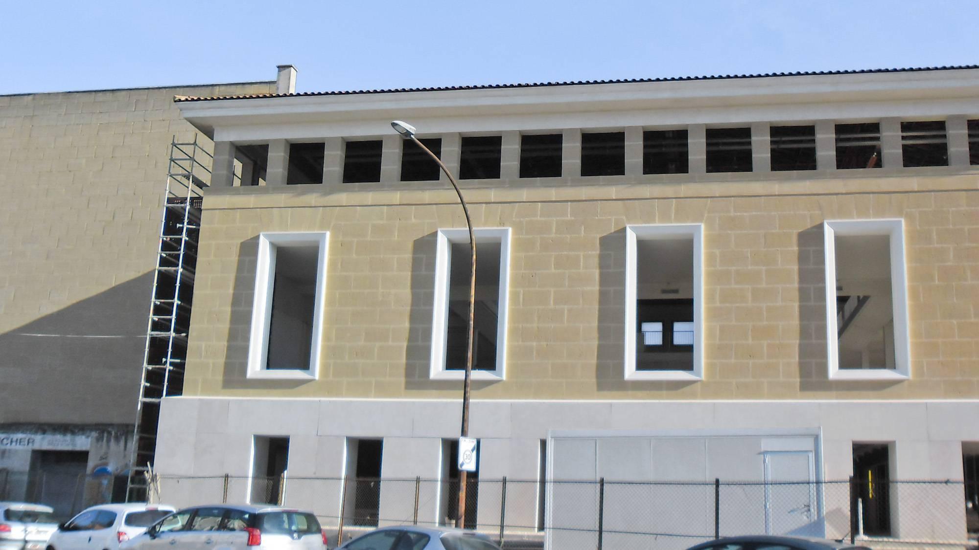 Pose Du0027isolation Thermique Par Lu0027extérieur Avec Finition Enduit Décoratif à  La Chaux Toulon 83000   Ravalement De Façade Historique