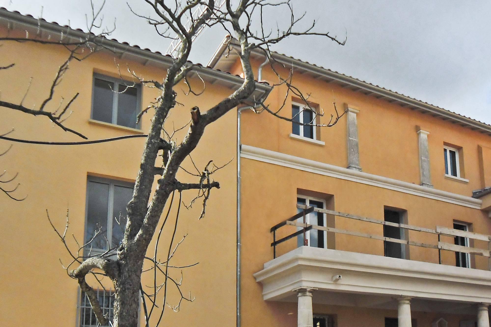 Ravalement de façades enduit chaux Marmorino du Centre Adrech à Aix-en-Provence