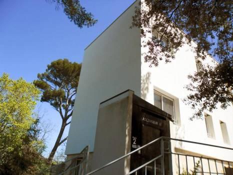 Isolation thermique d'une extension d'une maison de retraite   d'architecture typique des années 1930 à Marseille